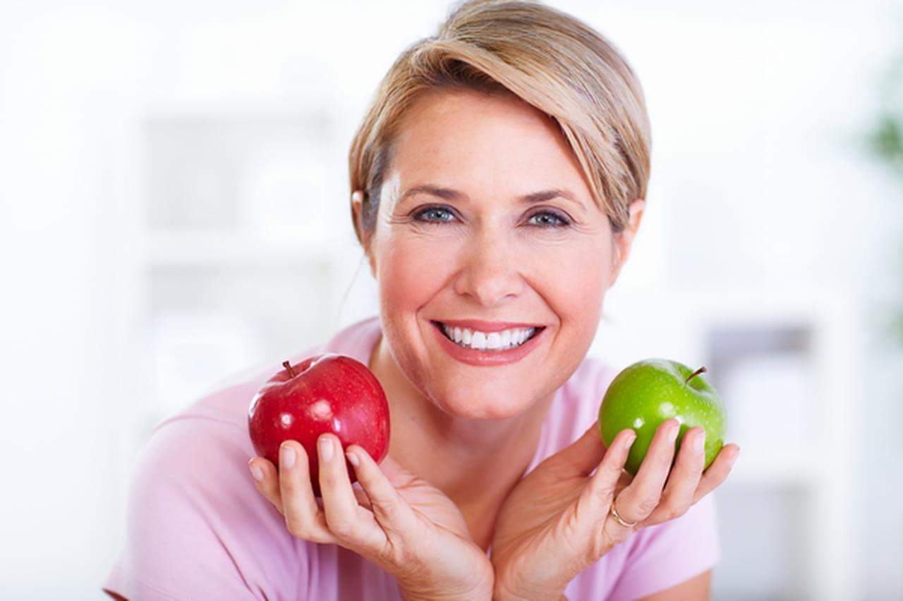 أسباب زيادة الوزن بعد سن الأربعين لدى النساء