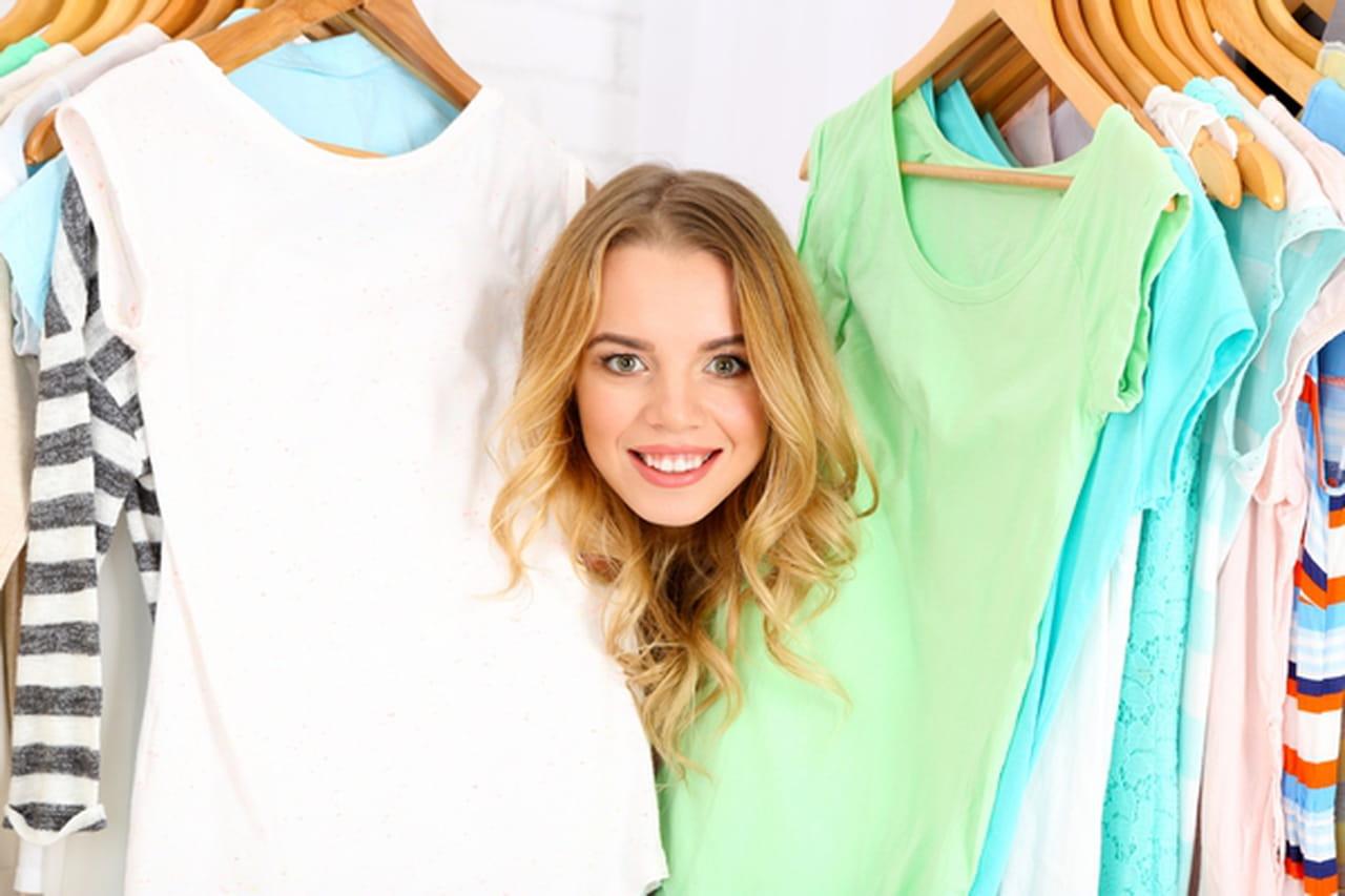 نتيجة بحث الصور عن اختيار الملابس في مرحلة المراهقة