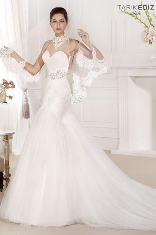 رائعة تنطق بالأنوثة والجمالفساتين زفاف رامى سلمون ... شياكة تفوق