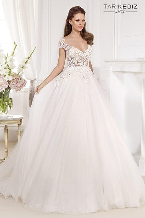 تألقي يوم زفافك بتشيكلات فساتين رائعة للعرس